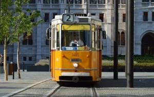 budapest-854618_1280